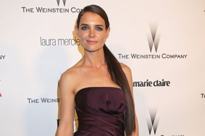 Katie Holmes lands guest role on Showtime's 'Ray Donovan'