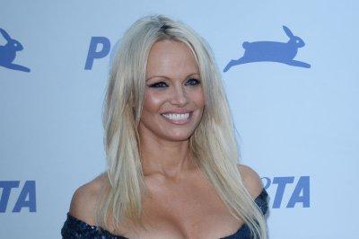 Pamela Anderson says 'Baywatch' reboot makes her feel old