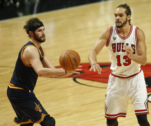 Chicago Bulls C Joakim Noah to undergo shoulder surgery
