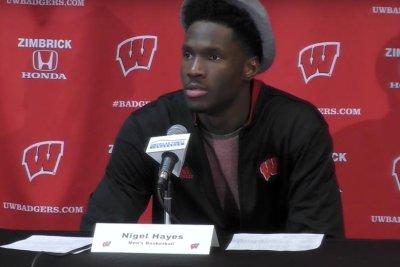 Wisconsin stuns No. 4 Michigan State