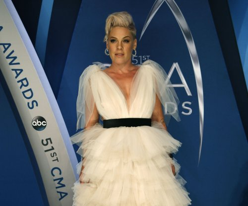 Pink to perform 'Beautiful Trauma' at the American Music Awards