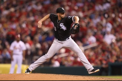 White Sox aim to keep beating Royals