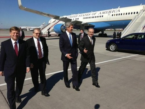 Kerry travels to Russia to meet with Putin, Lavrov