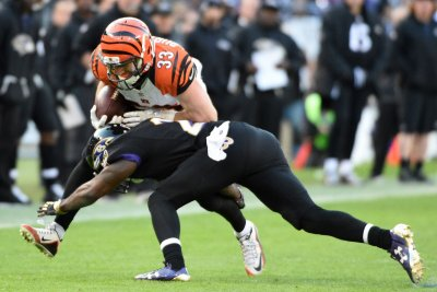 Rex Burkhead's big day lifts Cincinnati Bengals over Baltimore Ravens