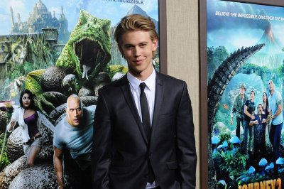 Austin Butler says his youth as a loner prepared him for 'Shannara' role