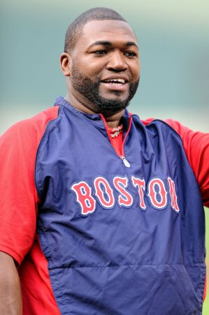 Red Sox, Ortiz agree to arbitration