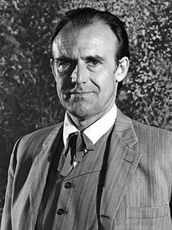 Richard Bull, television actor, dead at 89