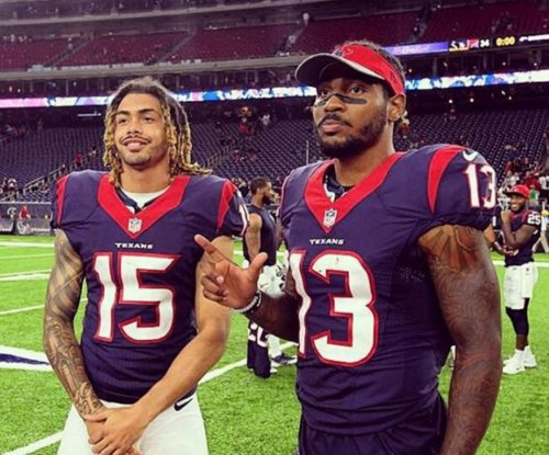 Houston Texans WR Braxton Miller done for game with hamstring injury