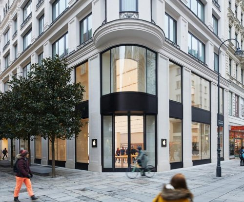 Apple set to open first store in Austria