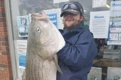 Fisherman lands mammoth 58-pound bass in New Jersey