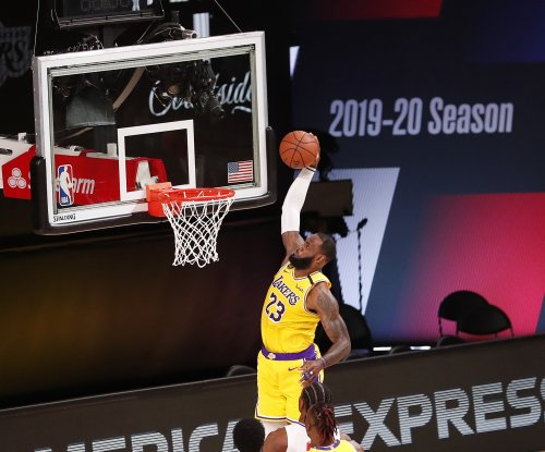 Anthony Davis, LeBron James hold off Kawhi Leonard, Clippers