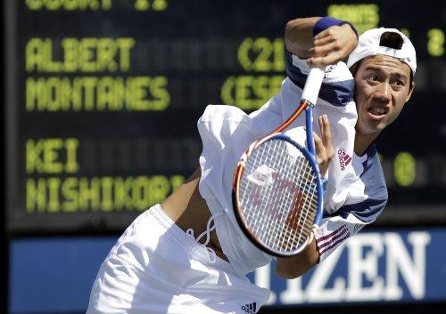 Nishikori ousts Tsonga in Australian Open