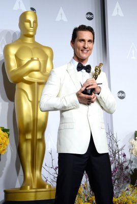 Matthew McConaughey talks his 'McConaissance' backstage at Oscars