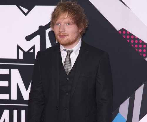 Ed Sheeran shares photo from the set of 'Bridget Jones's Baby'