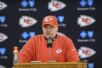 Kansas City Chiefs fall short of division title with win
