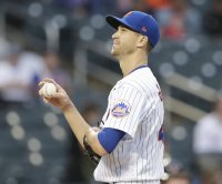 Mets ace Jacob deGrom scratched from start due to right lat inflammation