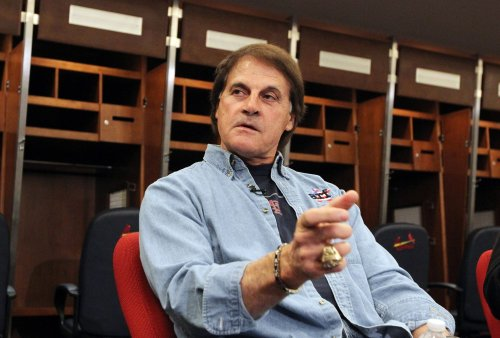 Cardinals to bring La Russa back
