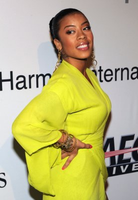 Keyshia Cole gives birth to a son