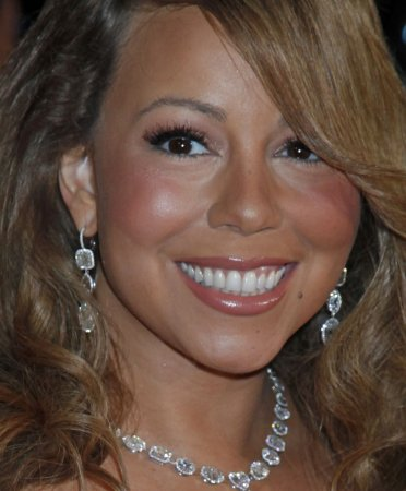 Mariah to release 12th studio CD Aug. 25