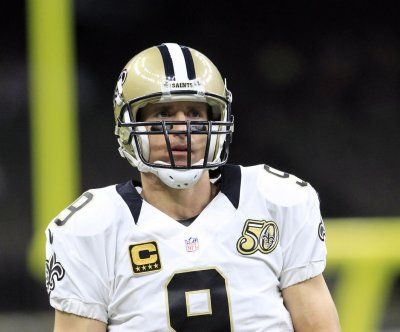 Drew Brees' no-interception streak snapped in New Orleans Saints' loss
