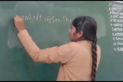 Watch: 16-year-old uses both hands to write 40 words in one minute