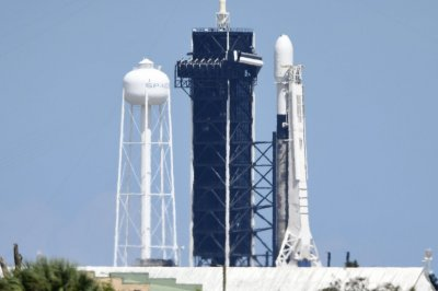 SpaceX postpones Starlink launch from Florida