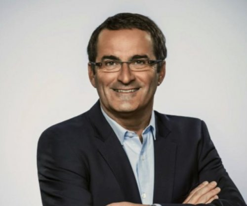 Jean Lapierre, Canadian politician and broadcaster, dies in plane crash