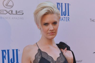 'Fear the Walking Dead' star Maggie Grace gives birth to son