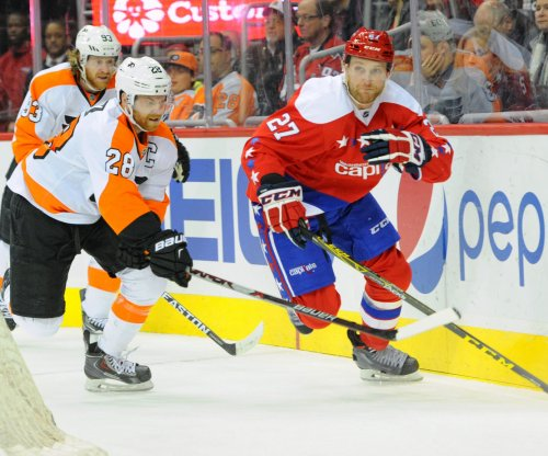 Matt Niskanen gets surprise goal as Washington Capitals beat Philadelphia Flyers