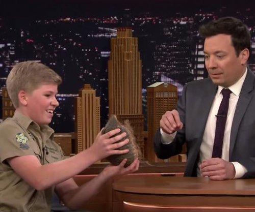 Steve Irwin's son Robert brings wildlife onto 'The Tonight Show'