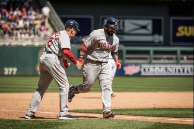Boston Red Sox score 10 in 9th to blow past Minnesota Twins, 17-6