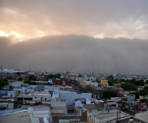 Thunder, dust storms kill at least 41 in India