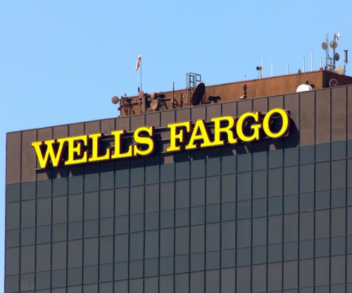 Wells Fargo sells 52 Midwest branches to Flagstar Bank