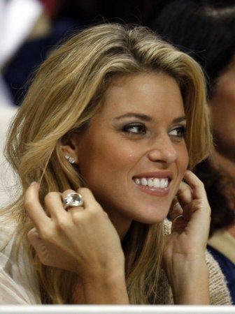 Carrie Prejean marries NFL quarterback