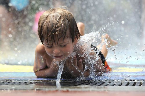Congress may speed up FDA approval process for new sunscreen ingredients