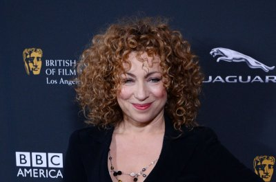 Alex Kingston joins cast of 'Gilmore Girls' revival
