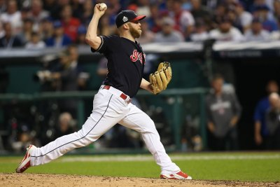 Cleveland Indians shot down sputtering Tampa Bay Rays