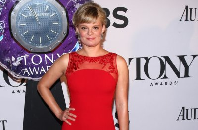 Martha Plimpton, Bob Costas to guest star on Season 3 of 'Brockmire'
