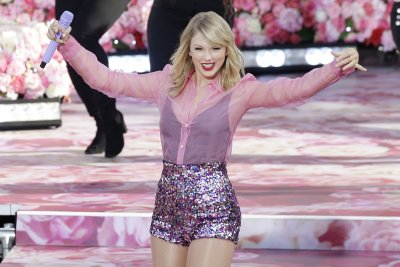 Big Machine Records denies Taylor Swift's claims, rep fires back