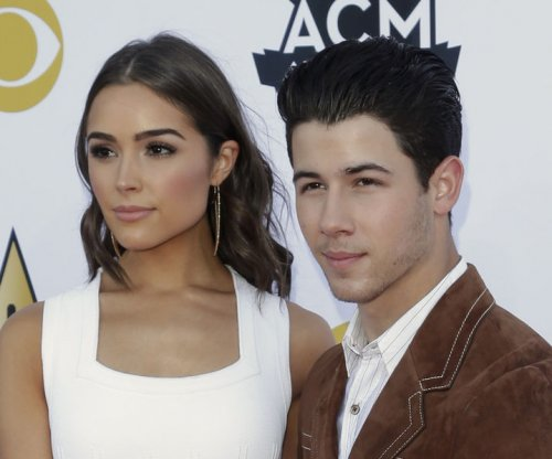 Nick Jonas says girlfriend Olivia Culpo makes life easier