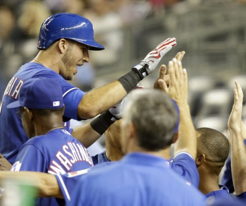 Texas Rangers abuse New York Yankees