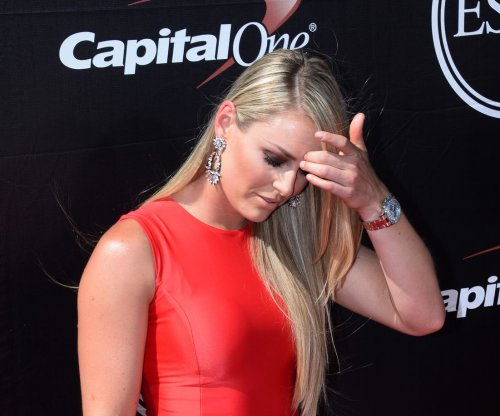 Lindsey Vonn ends season early because of knee injury