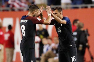 Copa America 2016: U.S. gets past Paraguay, Costa Rica edges Columbia