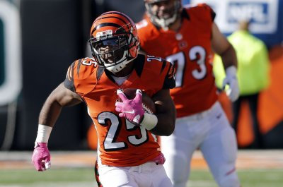 Cincinnati Bengals sign RB Giovani Bernard to two-year extension