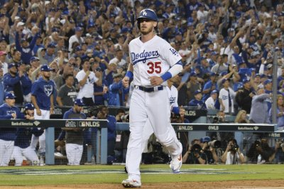 Cody Bellinger agrees to record $11.5M deal with Los Angeles Dodgers