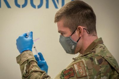 1,000 U.S. troops to help in COVID-19 vaccinations