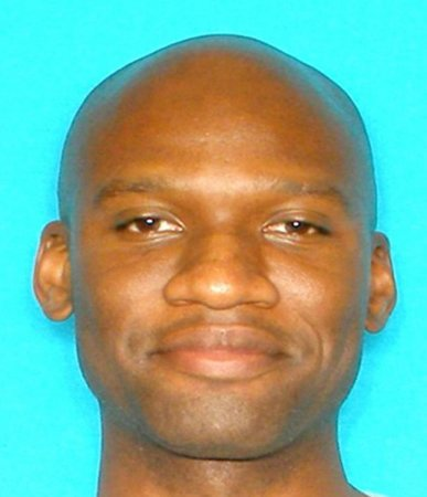 Navy Yard gunman practiced his aim day before shooting spree