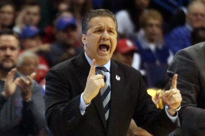 Calipari, Mutombo, Leslie among 2015 Hall of Fame finalists