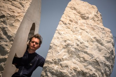 French artist Abraham Poincheval to live in a boulder for one week