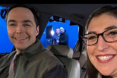 Mayim Bialik honors Jim Parsons for #ManCrushMonday
